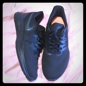 Nike Shoes W/ Comfort Footbed